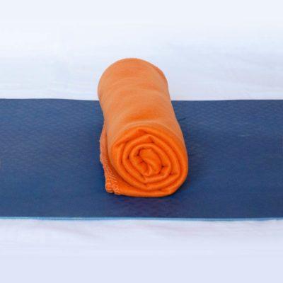 Utiliser couverture comme coussin de méditation